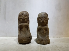 <strong> Sulawesi Lime Stone Bride and Groom Sculptures</strong>